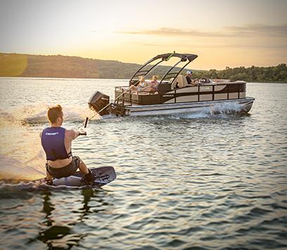 Lowe Boats Aluminum Fishing Bass Jon