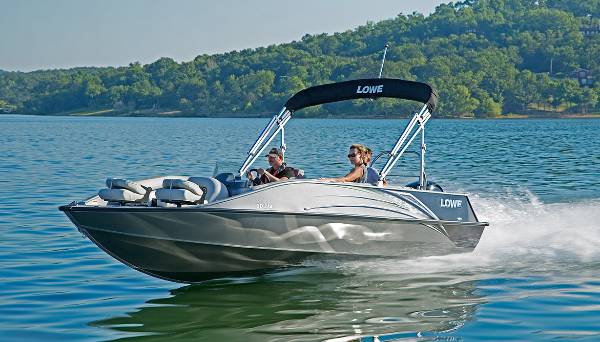 2018 sd224 fishing ski aluminum deck boat lowe boats for Fishing deck boats