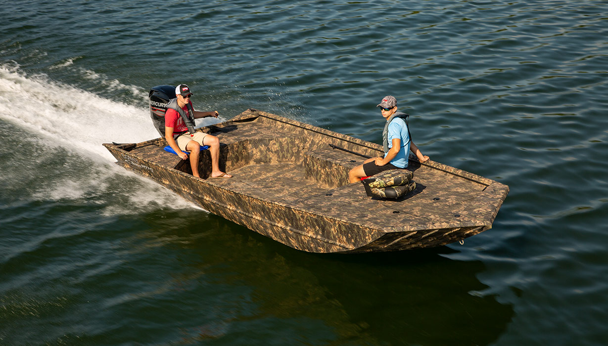 2019 Roughneck 2070 Jon Fishing and Hunting Boat   Lowe Boats