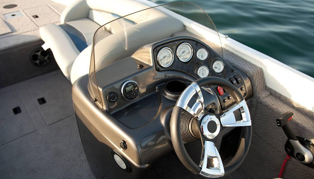 sd fishing ski aluminum deck boat lowe boats lowe 2017 pontoons hi lowe 2015 sd224 console