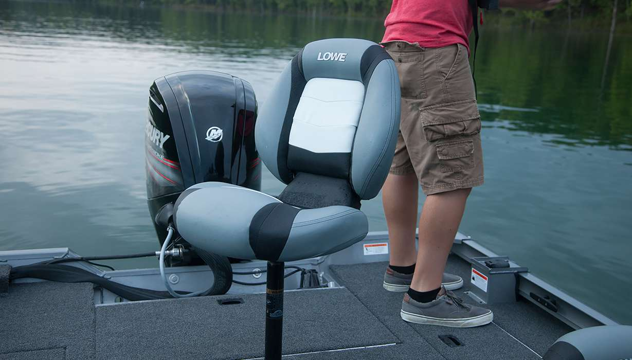 2016 stinger st 180 bass crappie aluminum fishing boat for Fishing boat seat
