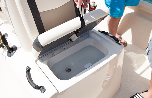 Easy Access Underseat Baitwell