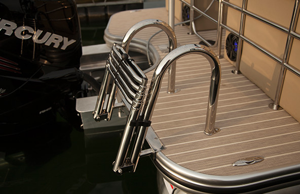 Stern Entry 4 Step Boarding Ladder
